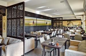 <strong>Ресторан «Якитория»<span><b>в категории</b>Реализованные проекты  </span></strong><i>&rarr;</i>