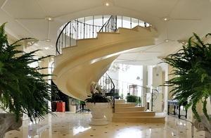 <strong>Дом в п. Гринфилд<span><b>в категории</b>Реализованные проекты  </span></strong><i>&rarr;</i>